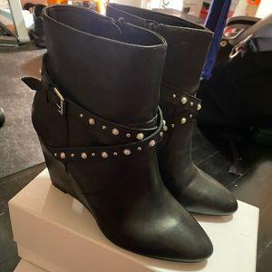 Women Steve madden wedge booties size 9